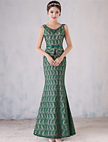 Formal Evening Dress Trumpet / Mermaid Scoop Floor-length Lace with Pearl Detailing