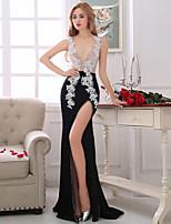 Formal Evening Dress-Black Sheath/Column V-neck Asymmetrical Lace / Taffeta