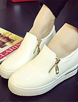 Women's Shoes Leatherette Wedge Heel Wedges Loafers Outdoor / Casual Black / White / Beige
