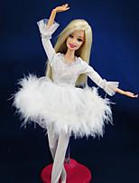 Poupée Barbie-Blanc-Informel-Robes- enSatin / Dentelle