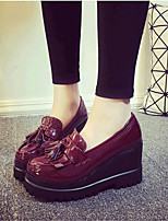 Women's Shoes Leatherette Wedge Heel Wedges Loafers Outdoor / Casual Black / Red