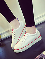 Women's Shoes Patent Leather Platform Comfort / Round Toe Fashion Sneakers Outdoor / Athletic / Casual White