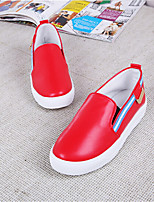 Women's Shoes Leatherette Flat Heel Comfort Loafers Outdoor / Casual Red / White / Silver