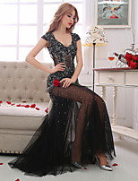 Formal Evening Dress-Black Sheath/Column V-neck Floor-length Lace / Tulle