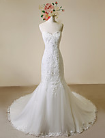 Trumpet/Mermaid Wedding Dress-Ivory Court Train Sweetheart Lace / Satin / Tulle