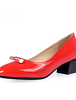 Women's Shoes Patent Leather Chunky Heel Heels / Pointed Toe Heels Office & Career / Dress / Casual Black / Red