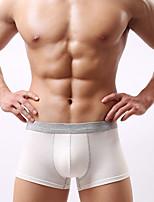 Муж. Для мужчин Однотонный Сексуальные платья Увеличивающий объем Боксеры