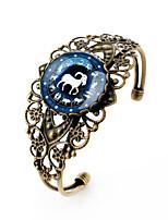 Lureme® Vintage Jewelry Time Gem The Zodiac Series Capricorn Antique Bronze Hollow Flower Open Bangle Bracelet for Women