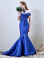 Formal Evening Dress-Royal Blue / Dark Navy Trumpet/Mermaid Off-the-shoulder Court Train Satin