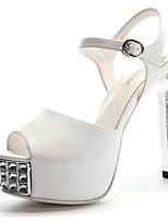 Calçados Femininos-Sandálias-Saltos-Salto Agulha-Preto / Branco-Courino-Casamento / Social / Festas & Noite