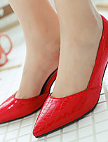 Women's Shoes Patent Leather/Stiletto Heel/Pointed Toe Heels Office & Career/Party & Evening/Dress Black/Red