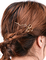 Women Simple Handmade Hollow Clover Hair Clips Alloy Hair Accessories 1pc
