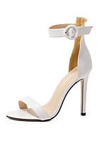 Damenschuhe-Sandalen / High Heels-Kleid / Lässig / Party & Festivität-Mikrofaser-Stöckelabsatz-Absätze-Schwarz / Weiß