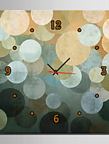 E-HOME® Round Fantasy Clock in Canvas 1pcs