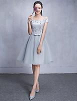 숏 / 미니 튤 신부 들러리 드레스 A-라인 오프 더 숄더 와 레이스