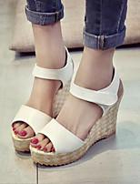 Chaussures Femme-Habillé / Décontracté-Noir / Blanc-Talon Compensé-Bout Ouvert / A Plateau-Sandales-Cuir Verni