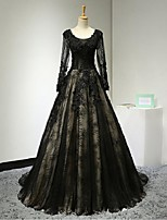 Formal Evening Dress A-line Scoop Court Train Lace / Tulle with Appliques / Beading / Lace / Sequins