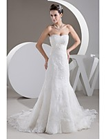 Trumpet / Mermaid Wedding Dress Court Train Sweetheart Satin / Tulle with Appliques / Beading / Lace / Ruche / Sash / Ribbon
