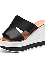 Women's Shoes Leatherette Wedge Heel Wedges / Peep Toe Sandals Office & Career / Dress / Casual Black / White