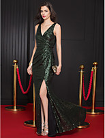 TS Couture Formal Evening Dress - Dark Green Trumpet/Mermaid V-neck Sweep/Brush Train Sequined