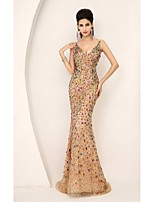 Formal Evening Dress - Champagne Trumpet/Mermaid V-neck Sweep/Brush Train Tulle
