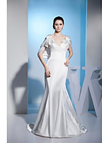 Trumpet / Mermaid Wedding Dress Court Train V-neck Stretch Satin with Appliques / Beading / Button