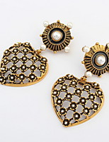 Retro Women Accessories Hollow Heart Shaped Imitation Pearl Pierced Alloy Drop Earrings Summer Style