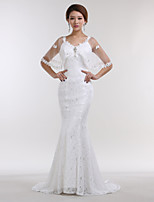 Trumpet / Mermaid Wedding Dress Court Train V-neck Lace / Satin with Crystal