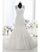 Fit & Flare Wedding Dress Court Train V-neck Lace / Satin with Appliques