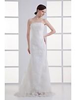 트럼펫 / 머메이드 웨딩 드레스 스윕 / 브러쉬 트레인 끈없는 스타일 레이스 와 레이스