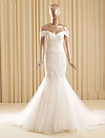 Trumpet/Mermaid Wedding Dress-Ivory Court Train Off-the-shoulder Lace / Tulle
