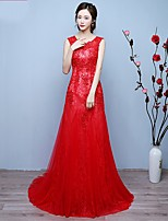 Formal Evening Dress Trumpet / Mermaid Scoop Sweep / Brush Train Lace with Appliques / Beading