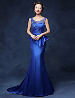 Formal Evening Dress Trumpet / Mermaid Scoop Sweep / Brush Train Satin with Appliques