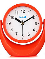 reloj creativo forma linda de silencio de alarma (color al azar)