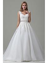 A-라인 웨딩 드레스 코트 트레인 V-넥 레이스 / 오간자 와 리본 / 레이스
