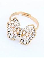 Elegant Pearl Bow Ring