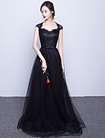 Formal Evening Dress A-line Sweetheart Sweep / Brush Train Lace / Tulle with Sash / Ribbon