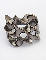 European And American Jewelry Trade Of The Original Punk Skull Ring Claw Hand Bones