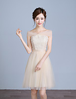 Knee-length Lace / Satin / Tulle Bridesmaid Dress A-line Off-the-shoulder with Bow(s)