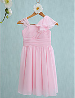 Lanting Bride Knee-length Junior Bridesmaid Dress Sheath / Column Straps with Ruffles / Side Draping