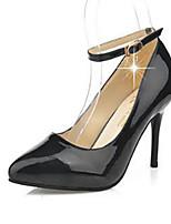 Calçados Femininos-Saltos-Saltos-Salto Agulha-Preto / Vermelho / Branco-Couro Envernizado-Casual