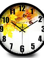 Fresh Yellow Maple Home Furnishing Modern Decorative Metal Wall Clock