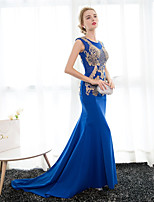 Formal Evening Dress Trumpet / Mermaid Scoop Court Train Satin / Tulle