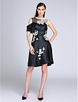 TS Couture®Cocktail Party Dress Sheath / Column Jewel Knee-length Leather with Appliques
