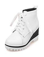 Women's Shoes Fall / Winter Fashion Boots / Round Toe Boots Dress Wedge Heel Lace-up Black / White