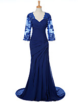 Sheath / Column Mother of the Bride Dress Sweep / Brush Train Chiffon with Appliques