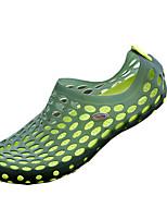 zapatos de los hombres de la PU sandalias casuales sandalias deportivas ocasionales planos del talón otros negro / azul / marrón / verde