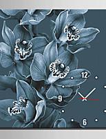 Moderno/Contemporáneo Floral/ Botánico Reloj de pared,Cuadrado Lienzo40 x 40cm(16inchx16inch)x1pcs/ 50 x 50cm(20inchx20inch)x1pcs/ 60 x