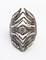 Exaggerated Fashion Diamond Ring Hollow