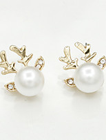 Earring Animal Shape Jewelry Women Fashion Wedding / Party / Daily / Casual / Sports Alloy / Imitation Pearl / Rhinestone 1 pairGold /